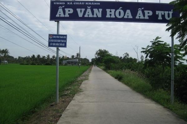 Long Phú đạt chuẩn nông thôn mới