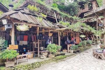 Exploring Cat Cat, a small rustic village in Sa Pa