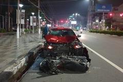 Bị xe taxi đâm văng hàng chục mét, nam sinh tử vong tại chỗ
