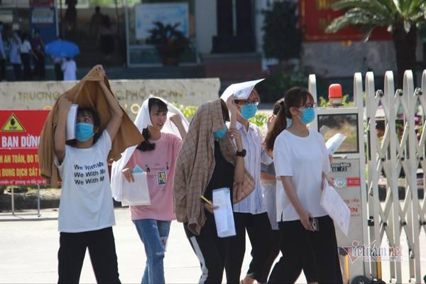 Vụ 3 bài thi bất thường ở Quảng Ninh: Bộ GD-ĐT yêu cầu làm đúng quy chế