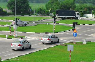 Luật giao thông đường bộ, Bộ GTVT không xây dựng quy định cấp bằng lái xe