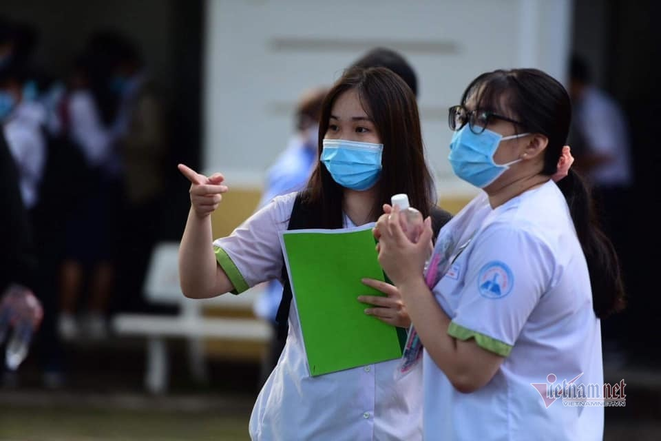 5 trường ĐH tạm đóng cửa, hơn 100.000 sinh viên TP.HCM nghỉ học
