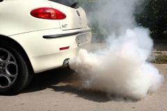 Bắt bệnh xe hơi qua màu sắc của khí thải