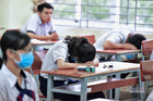 Nhiều thí sinh mệt mỏi, căng thẳng trong ngày thứ 2 thi tốt nghiệp THPT