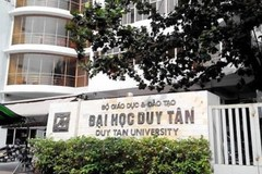 ĐH Duy Tân buộc sinh viên làm thẻ ngân hàng 'đúng tuyến'?