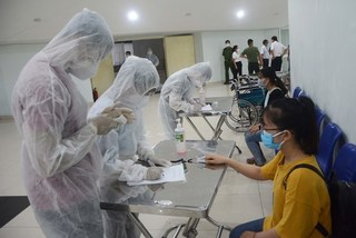 Healthcare warriors head to pandemic hotspot