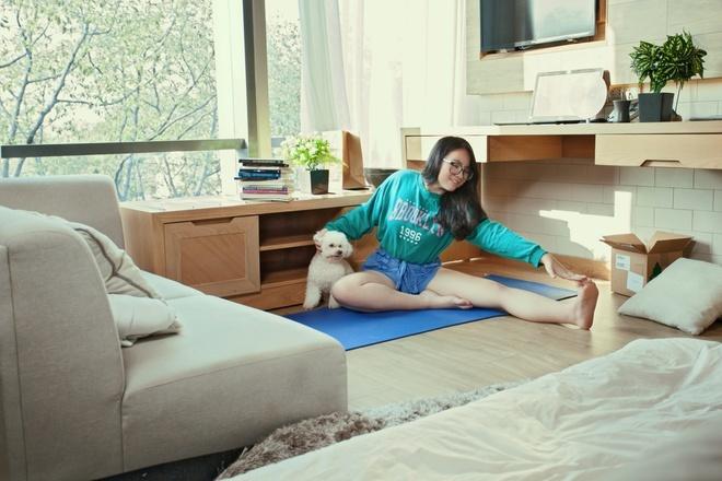 Con gái 18 tuổi, cao 1m70 của Hiền Thục