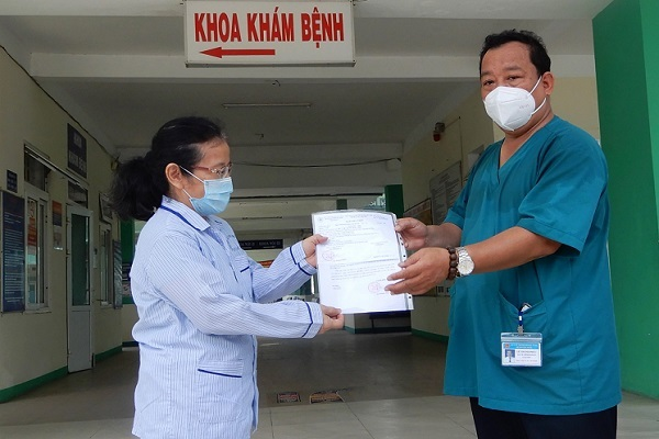 Bệnh nhân 445 ở Đà Nẵng được xuất viện