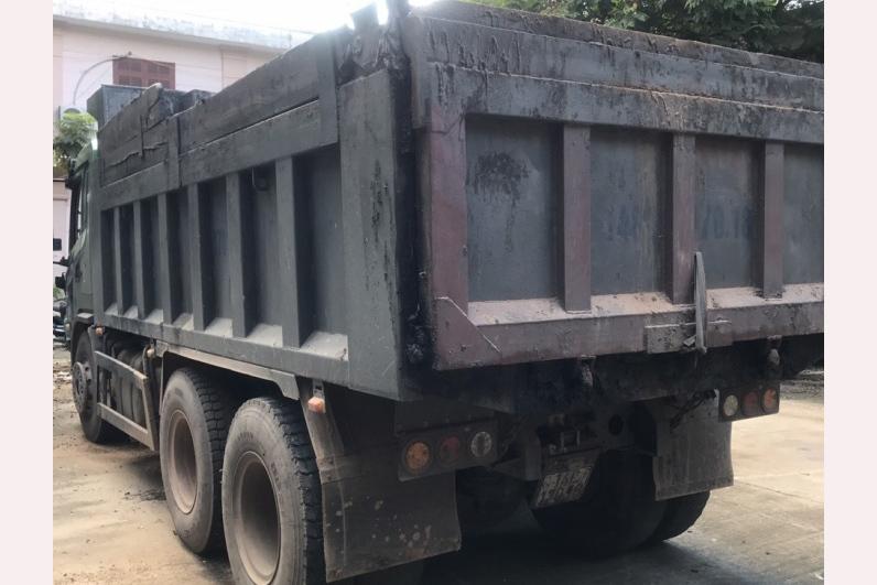 Tạm đình chỉ CSGT đấm liên tiếp vào mặt tài xế ở Quảng Ninh