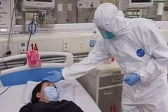 Bệnh nhân 862 tuyệt thực, bác sĩ không dám báo tin con trai nhiễm Covid-19 đã tử vong