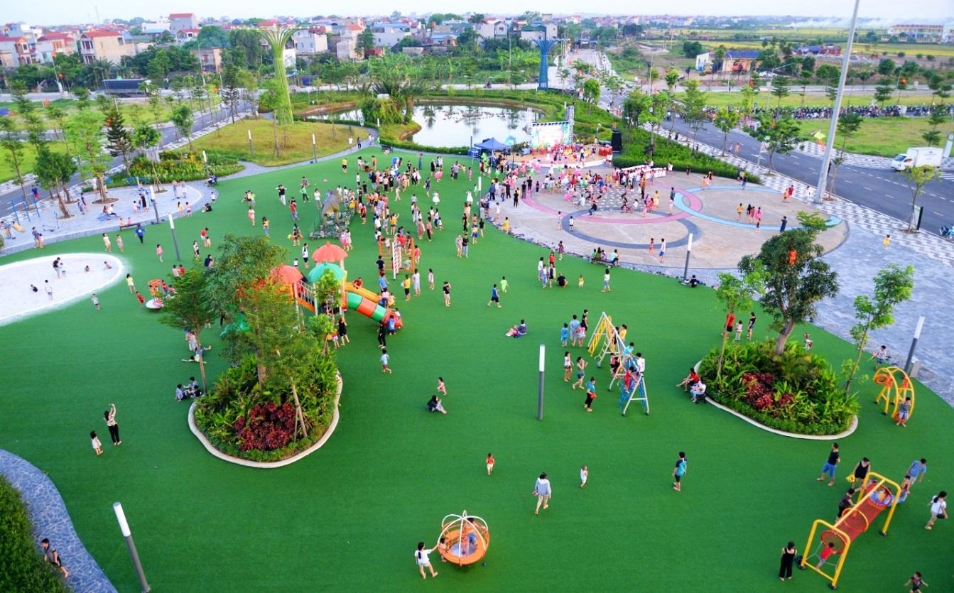 Phố Nối House xây sân chơi miễn phí rộng cả hecta