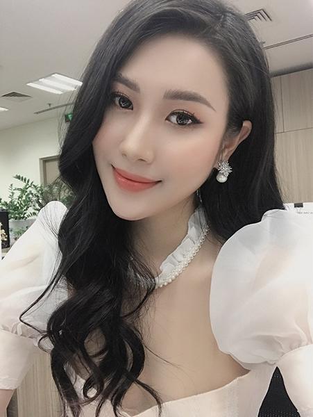 2 ung vien sang gia ho pham o hoa hau viet nam 2020 4 2 nhan sắc Vĩnh Phúc xinh đẹp nổi bật ở Hoa hậu Việt Nam 2020