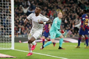 """Bế tắc vụ Sancho, MU đột kích lấy """"sao"""" Real Madrid"""
