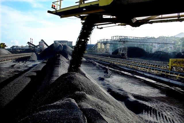 Việt Nam tăng nhập than từ Trung Quốc
