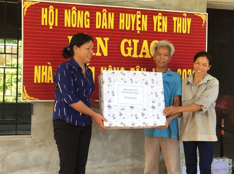 Hộ nghèo Hòa Bình được hỗ trợ an cư