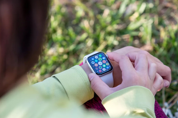 Thị trường thiết bị đeo toàn cầu sẽ tăng 137% vào năm 2024