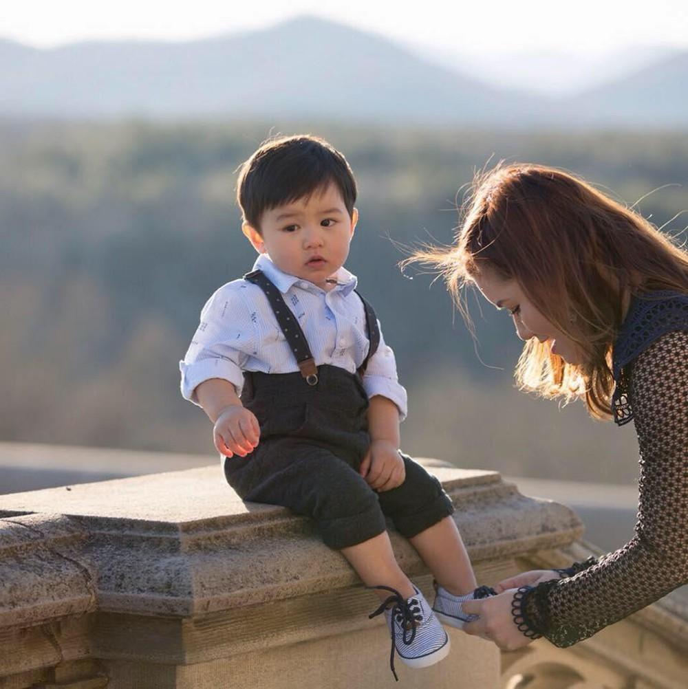 Vợ kém 10 tuổi của Đan Trường: Tài giỏi, dịu dàng và vị tha