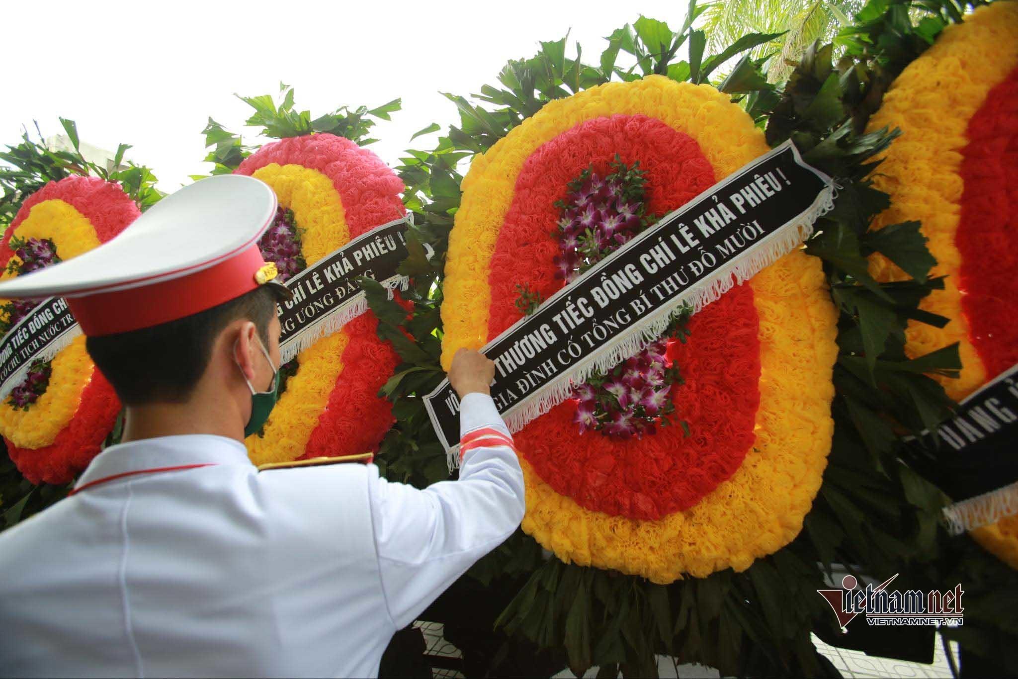 Lễ an táng nguyên Tổng Bí thư Lê Khả Phiêu
