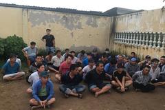 Phá trường gà ven Sài Gòn, bắt 39 người