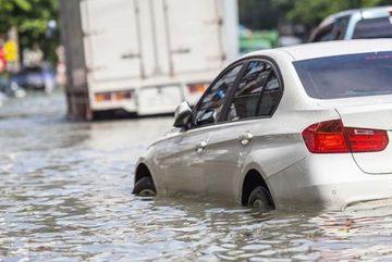 Ham rẻ mua phải xe ngập nước, ôm nợ vào thân