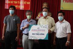 Công ty Á Châu ủng hộ Đà Nẵng hơn 1000 lít Nano bạc khử trùng bệnh viện