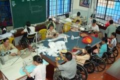 Việc làm là cách bền vững nhất giúp người khuyết tật có thể vươn lên thoát nghèo