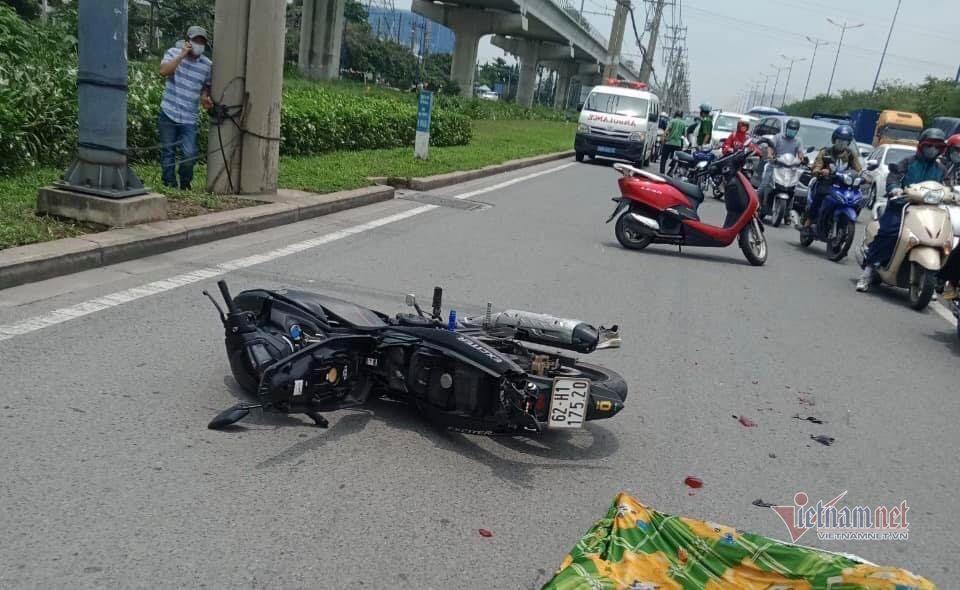 Xe container chạy nhầm làn đường, tông chết người ở Sài Gòn