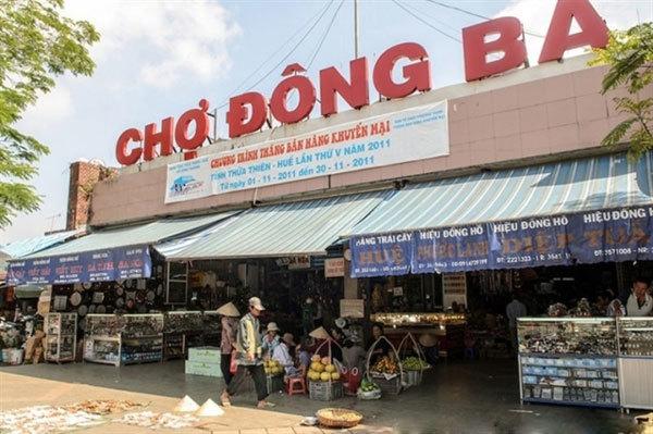 Hue,night markets,vietnam travel