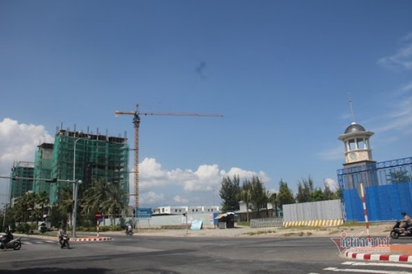 Chưa được Thủ tướng chấp thuận, Đà Nẵng cho xây biệt thự trên đất sân golf