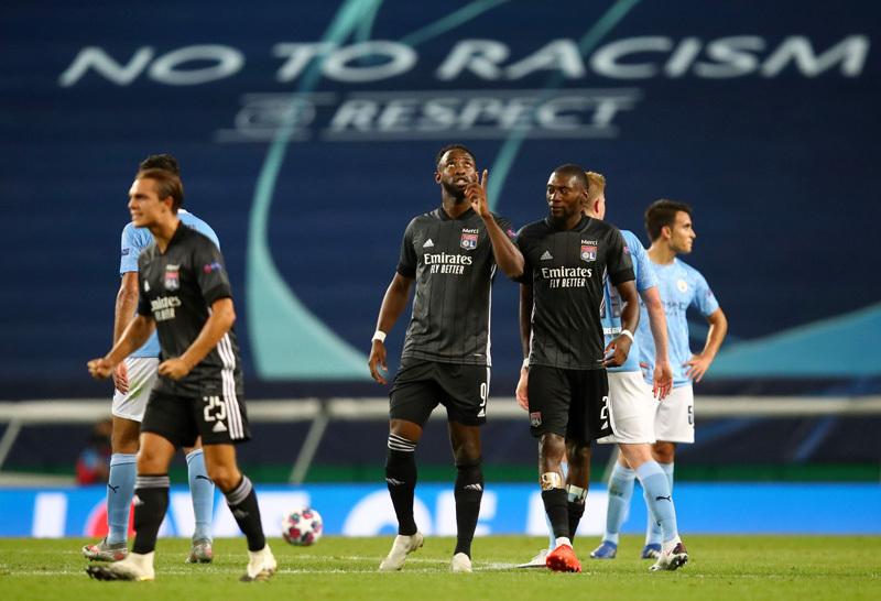 Mbappe mỉa mai sau khi Man City thua sốc Lyon