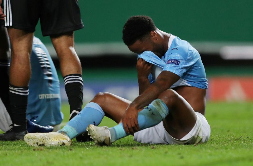 Pep Guardiola đau đáu sai lầm khiến Man City bị loại sốc