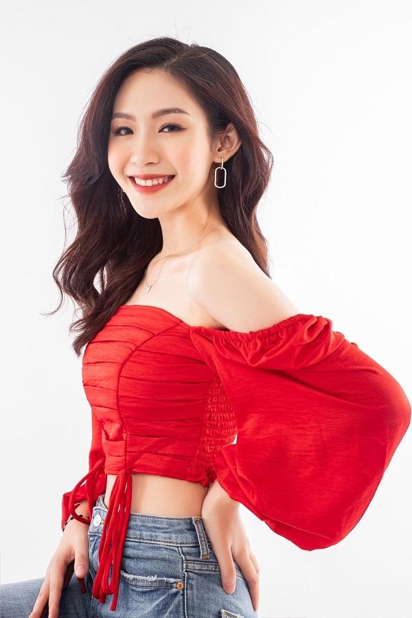 Nhan sắc ngọt ngào 'Nàng thơ xứ Nghệ' thi Hoa hậu Việt Nam 2020