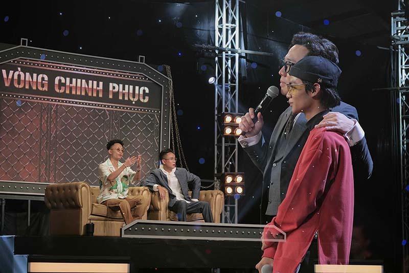 Rap Việt tập 3: Các HLV 'phát cuồng' vì cô gái 20 tuổi Tlinh và Lăng LD