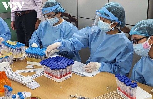 Two more Covid-19 cases reported in Vietnam, totalling 964