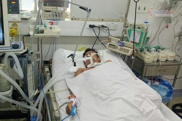 Cần gấp 90 triệu đồng cứu cậu bé 14 tuổi bị uốn ván nghiêm trọng
