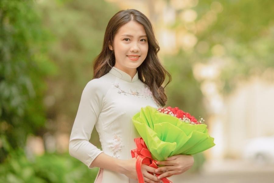 Con đường trở thành thủ khoa của nữ sinh nghèo ở Thanh Hóa