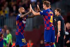 """MU tranh thủ """"cướp"""" 4 ngôi sao của Barca"""