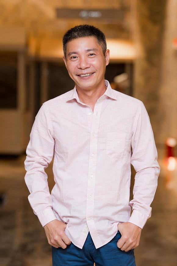 NSND Công Lý, Phan Hoàng Thu ủng hộ nửa tỷ cho Quảng Nam