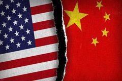 Ông Trump chơi rắn, Mỹ - Trung ngày càng xa rời