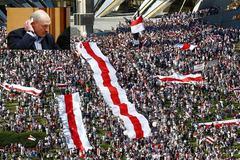 Ông Trump tả tình hình Belarus 'thật tồi tệ', một loạt nước hành động