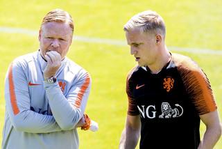 Barca chuẩn bị nổ 'bom tấn' Van de Beek tặng Koeman