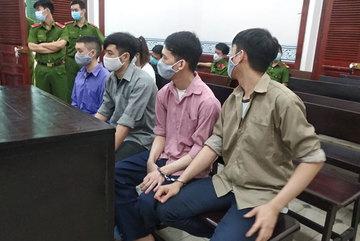 Băng nhóm người Trung Quốc cho vay nặng lãi qua app hầu tòa