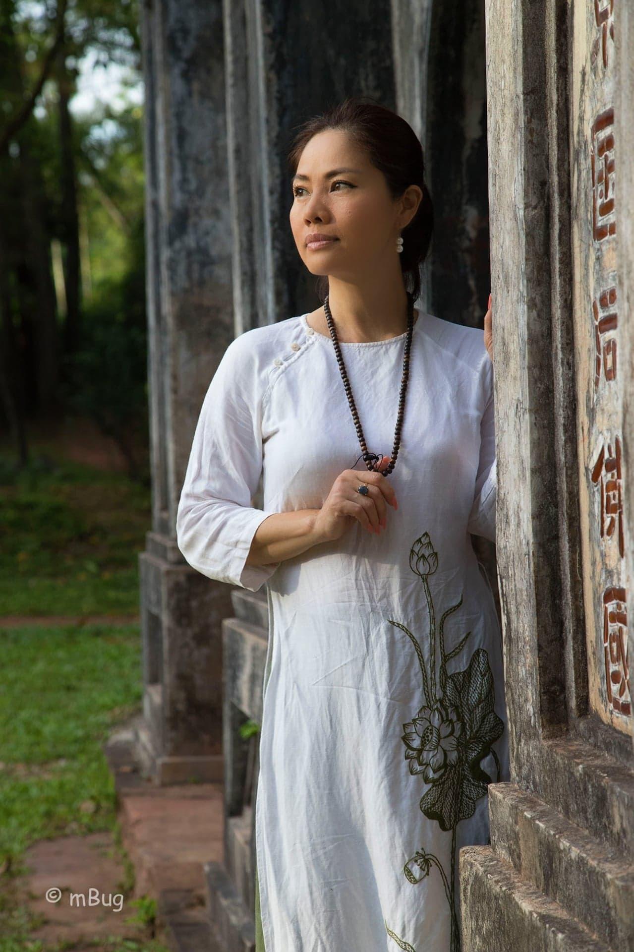 Hồ Lệ Thu: Tôi sốc khi bị ngoại tình ngay đêm tân hôn!