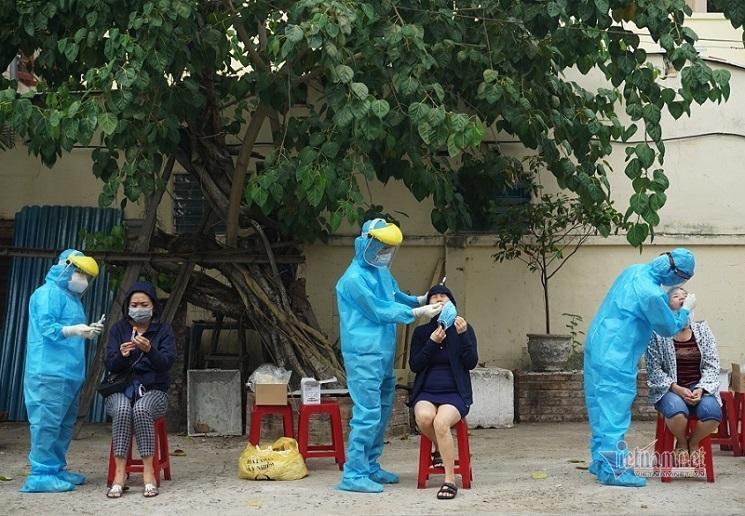 Đà Nẵng phong tỏa thêm nhiều khu vực, phạt gần 1.000 người vi phạm