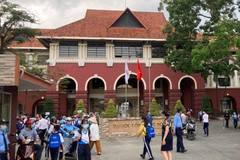 Bất chấp lệnh cấm, trường học ở Biên Hòa cho hơn 800 học sinh đến lớp