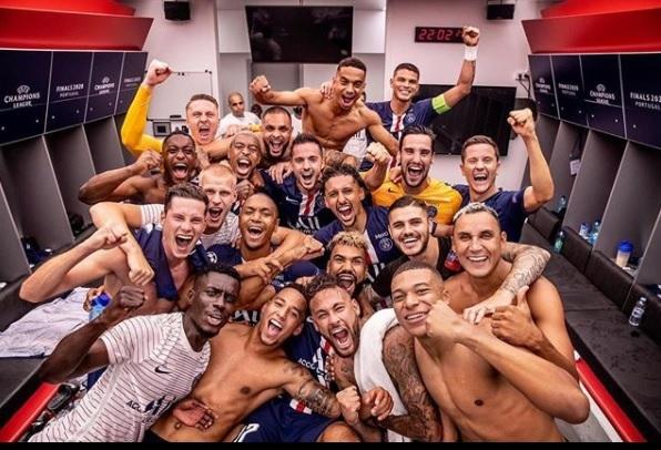 Chủ tịch PSG phấn khích, Neymar và Mbappe chờ lên ngôi