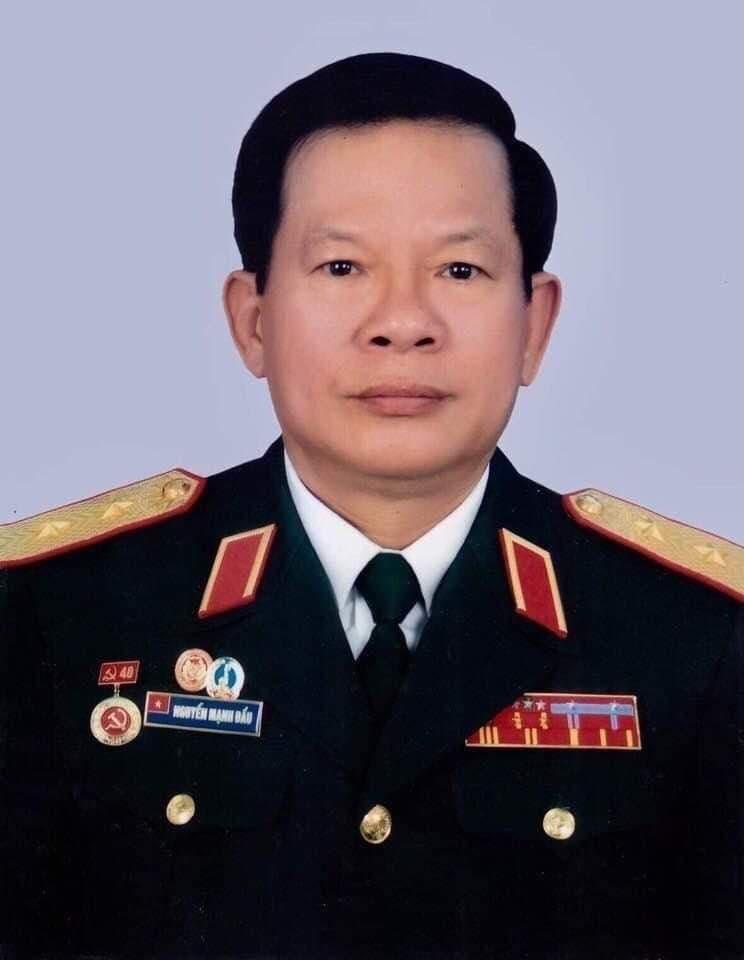 Cách mạng tháng Tám làm thay đổi thân phận gia đình vị tướng