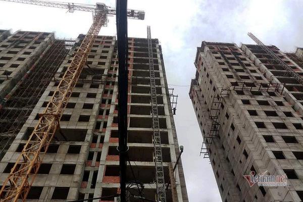 Cận cảnh dự án căn hộ cao cấp tại 1323 Huỳnh Tấn Phát 'chết yểu'