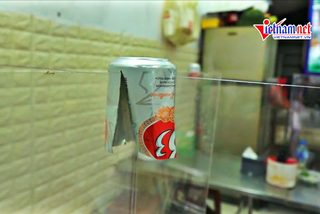 Những kiểu vách ngăn độc đáo ngày đầu giãn cách hàng quán ở Hà Nội
