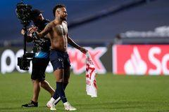 Neymar có thể bị cấm dự chung kết Champions League
